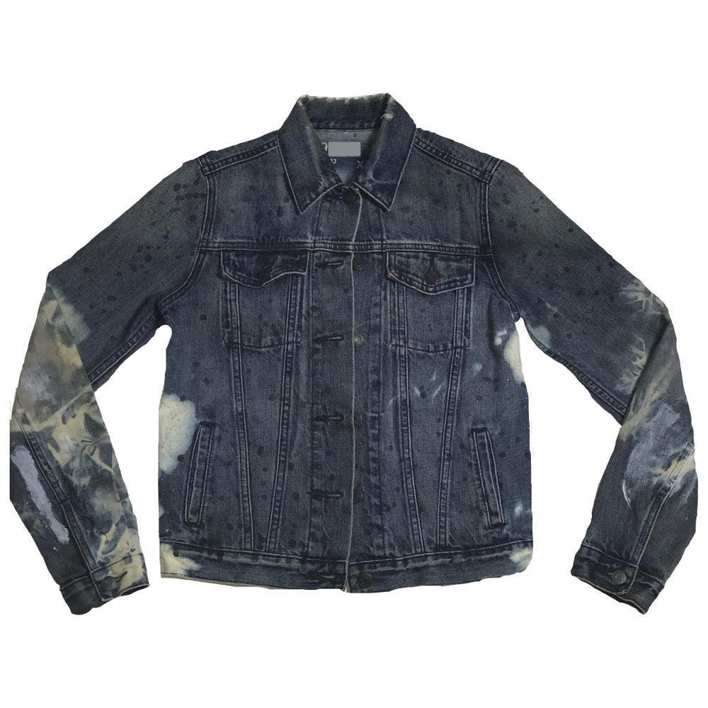 Image of BEACHWASHED VINTAGE DENIM JACKET
