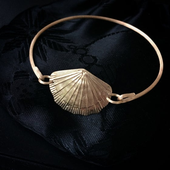 Image of Shell Bracelet