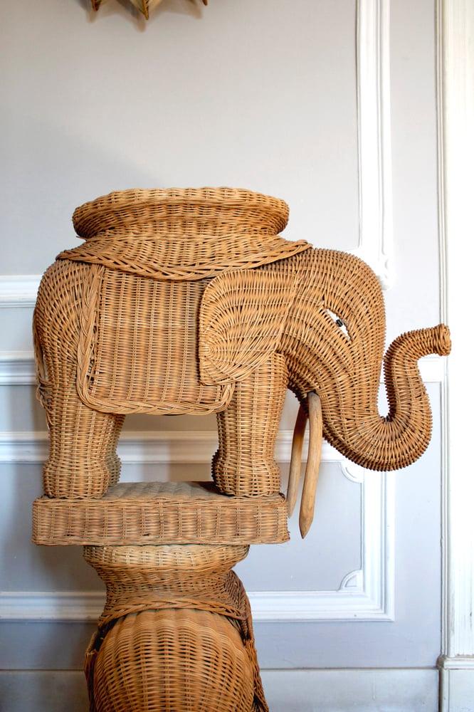 Image of Mesitas elefante mimbre