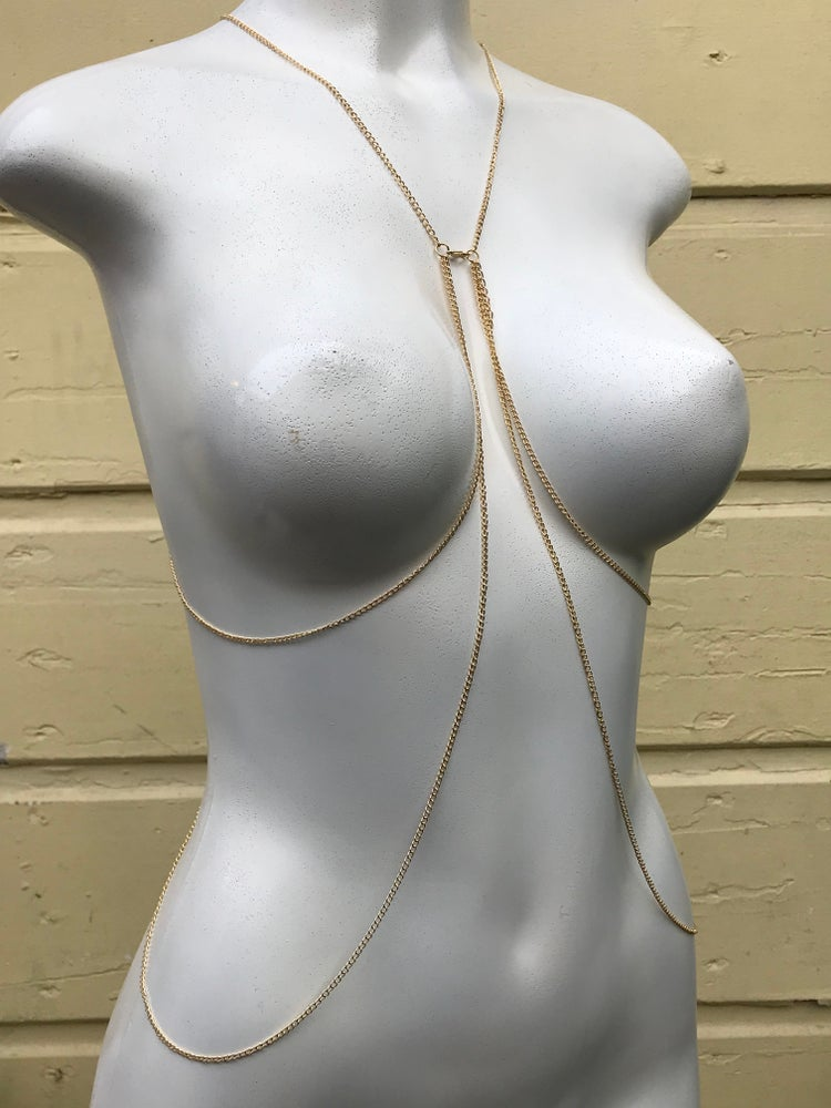 Image of BACK LAYERED BODY CHAIN