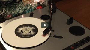 Glow-in-the-dark 45rpm Inkymole record adapters