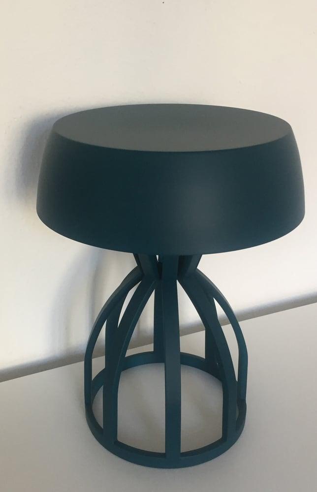 Image of NUAGE - Tabouret/table de chevet / coloris : Petrol Blue
