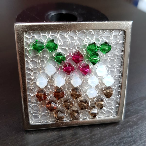 Image of Crystal Wire Brooch Knitting Kit - Silver Christmas Pudding