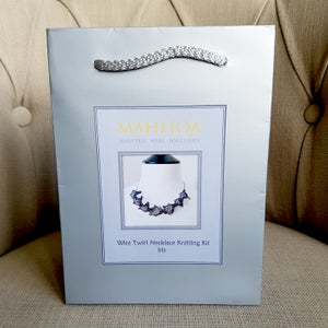 Image of TWIRL NECKLACE KNITTING KIT - Iris