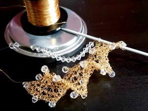 Image of TWIRL NECKLACE KNITTING KIT - Gold