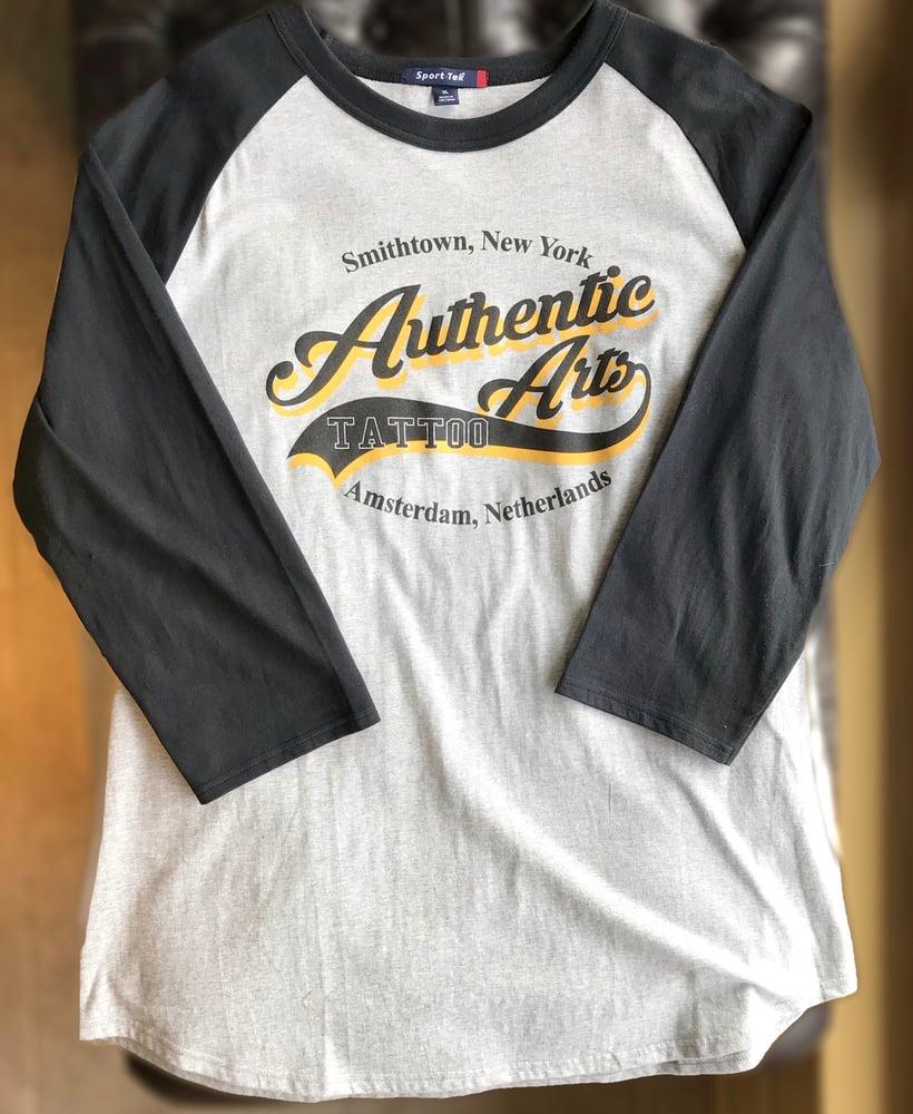 Image of Authentic Arts 3/4 Sleeve Shirt