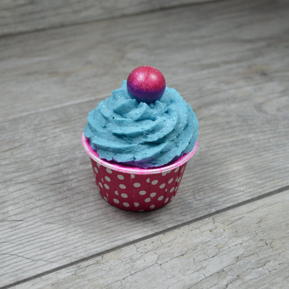 Image of Unicorn Bath Bomb Cupcake