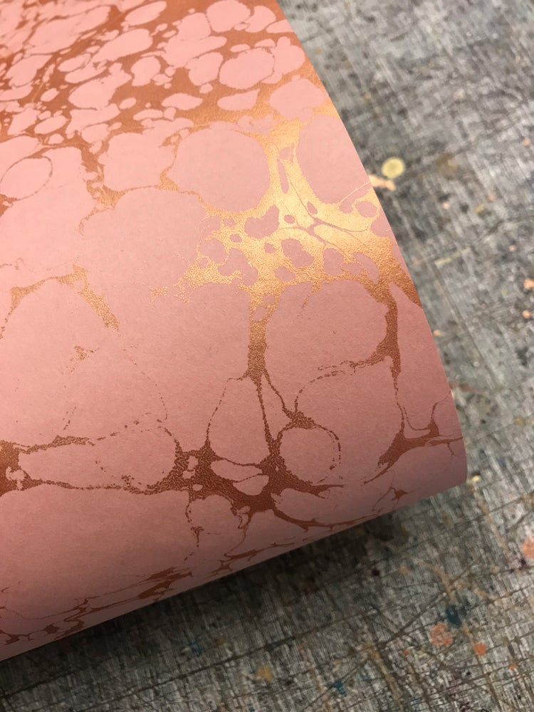 Image of Metallic Copper vein on blush-rose base paper