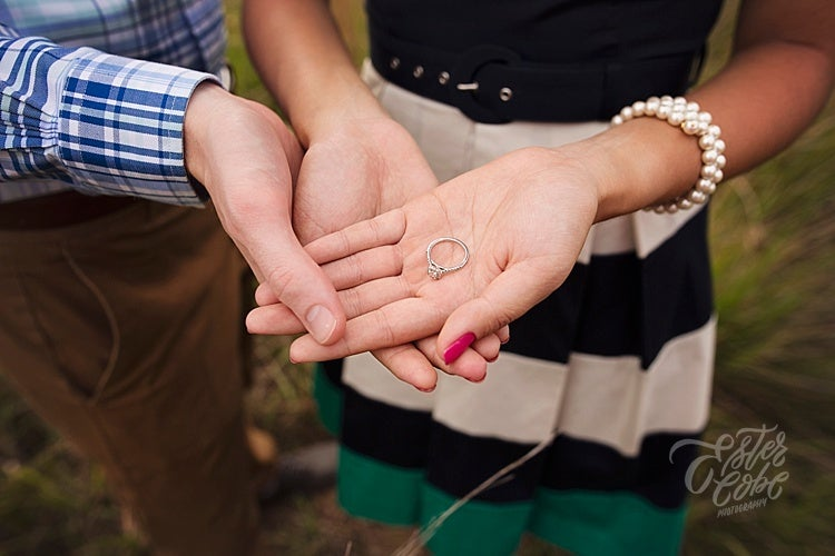 Image of Engagement Session :: Retainer