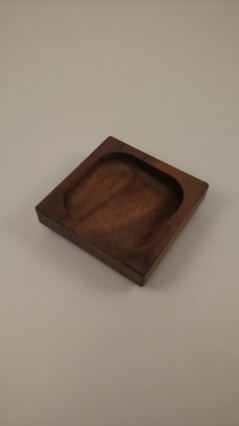 Image of Pinch Well (Walnut)