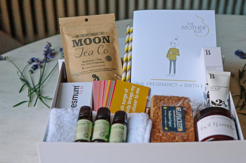Image of The Pregnancy & Birth Box
