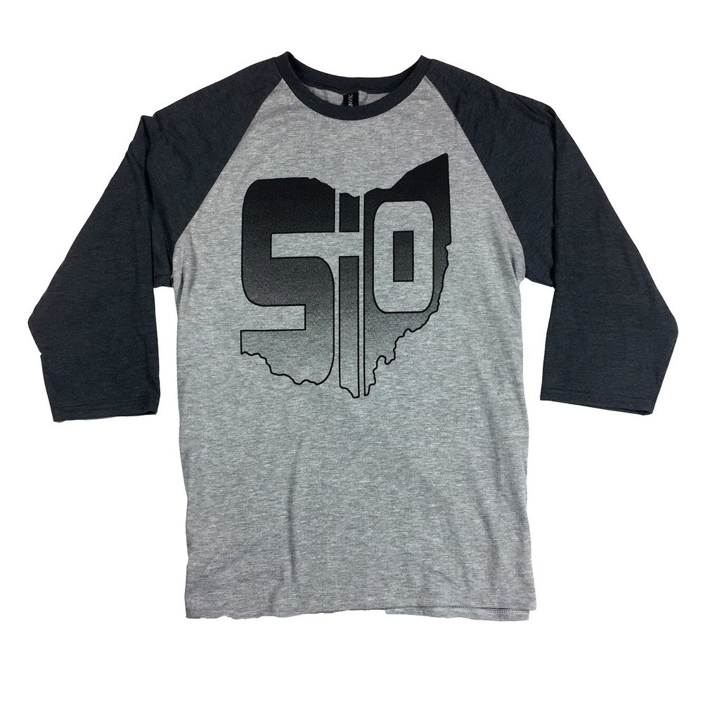 Image of Emblem Baseball Shirt - Gray