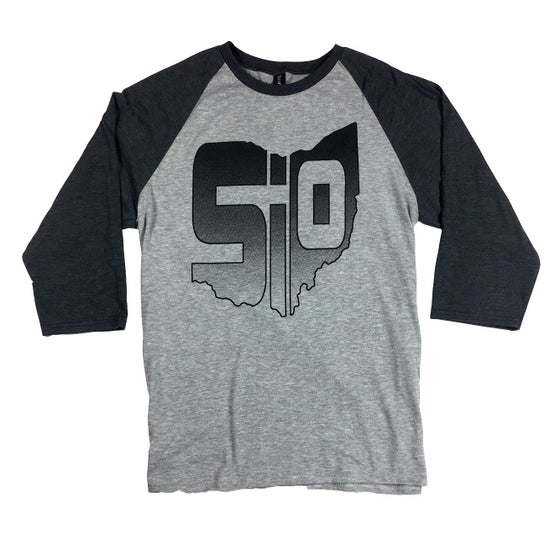 Image of Emblem Baseball Shirt - Gray