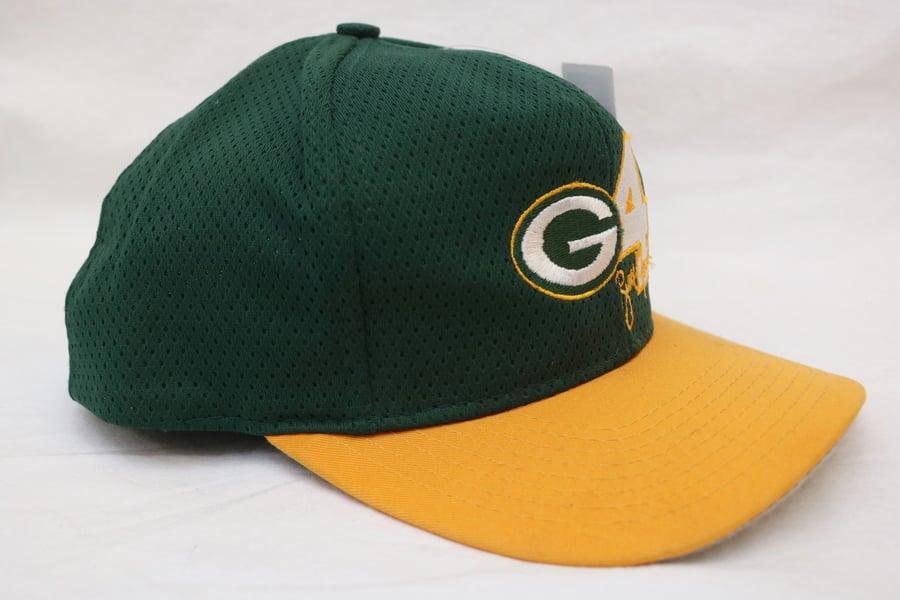 "Image of Rare 90's Vintage Drew Pearson Q.B.Club ""BRETT FAVRE Green Bay Packers"" Original Snapback"