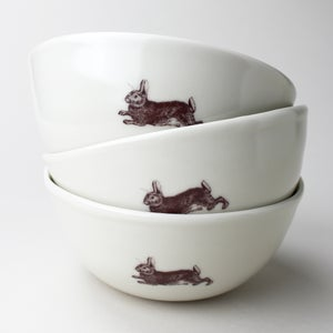 Image of rustic bowl with rabbit, ivory