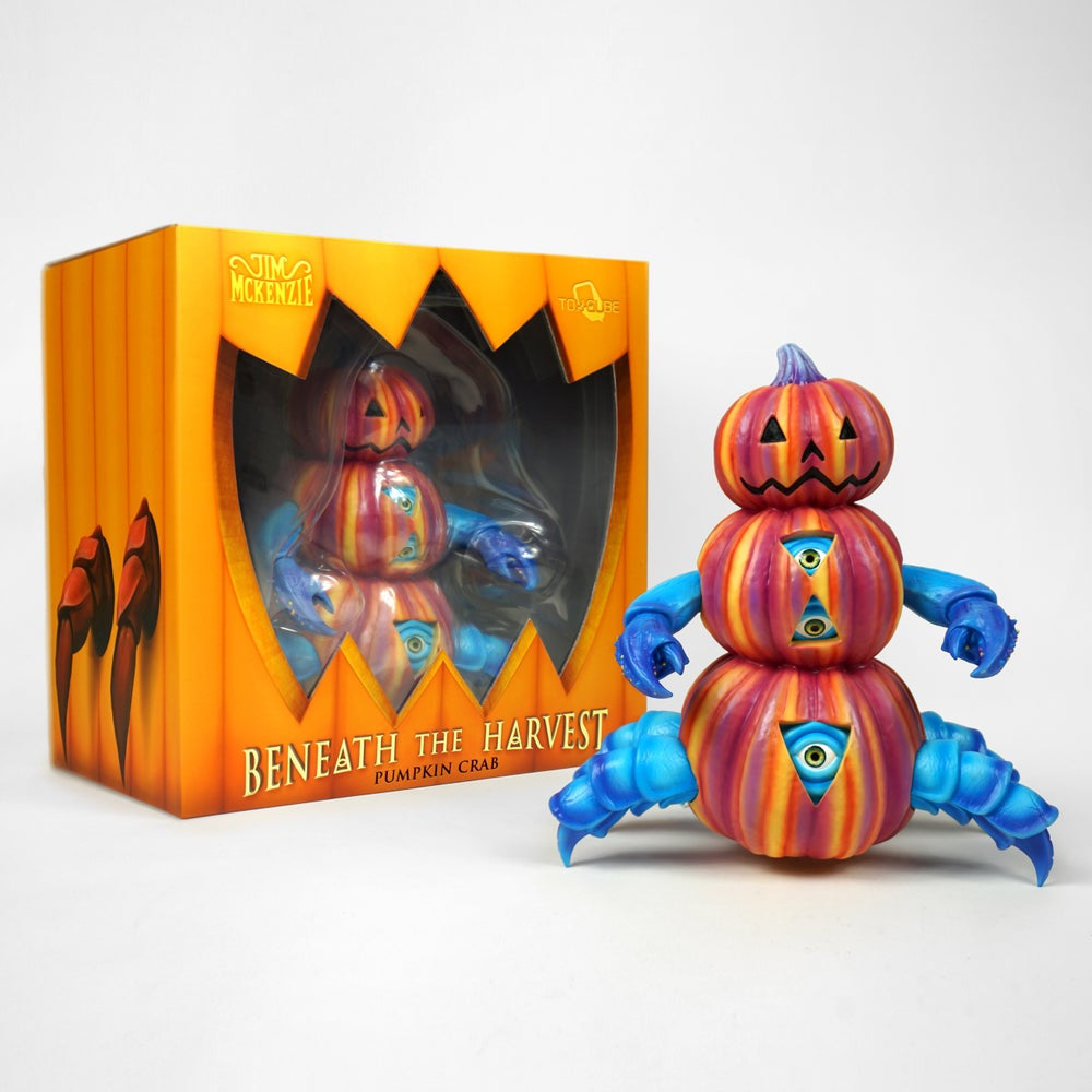 "Image of ""Beneath The Harvest"" Pumpkin Crab - Vinyl Figure"