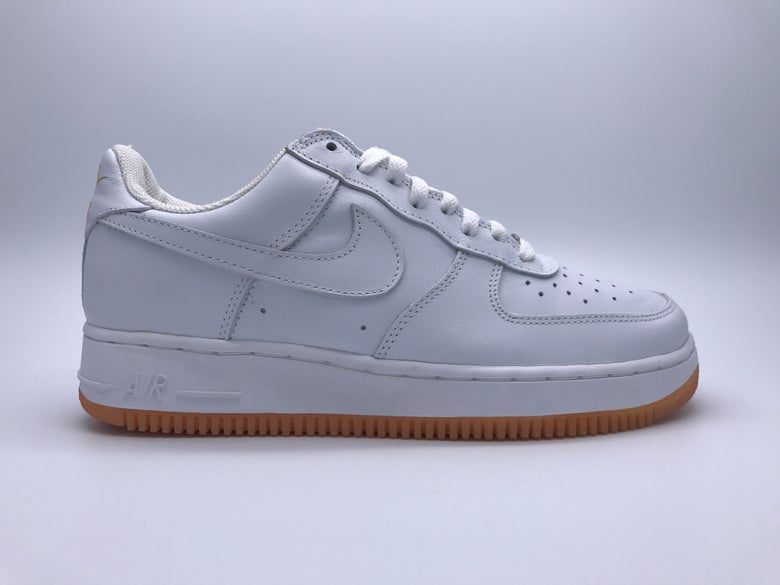 competitive price 3f2aa db24a Image of NIKE AIR FORCE 1