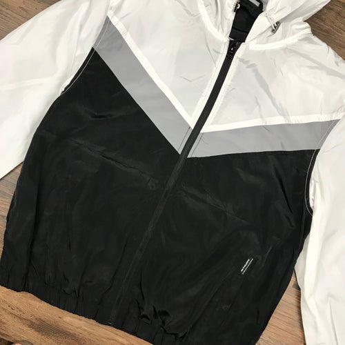 "Image of ""Stacked"" Men's Tri-Tone Windbreaker Jacket"
