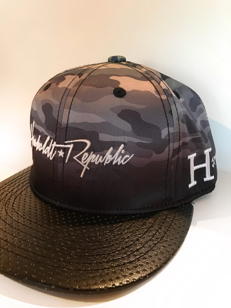 "Image of ""Melted Disguise"" Ombre Camo Snapback Hat"