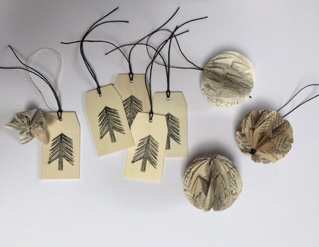 Image of Wooden Gift Tag Sets
