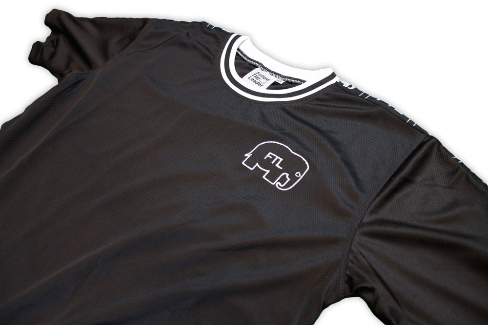 Image of Elephant Track Jersey With Logo Taping (Black)