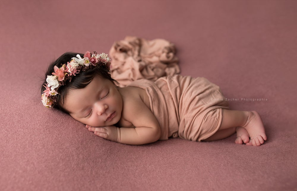 Image of Liste de naissance: séance photo naissance Maeva et Cyril - 100 - €