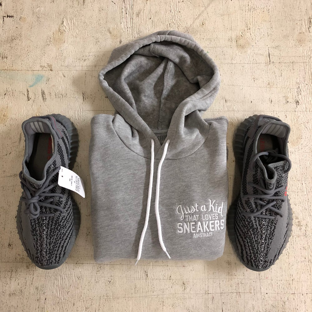 JUST A KID THAT LOVES SNEAKERS  EMBROIDERY HOODY