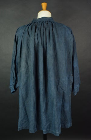 Image of 1890's FRENCH SHORT INDIGO LINEN BLOUSE DE MAQUIGNON SMOCK BIAUDE COAT