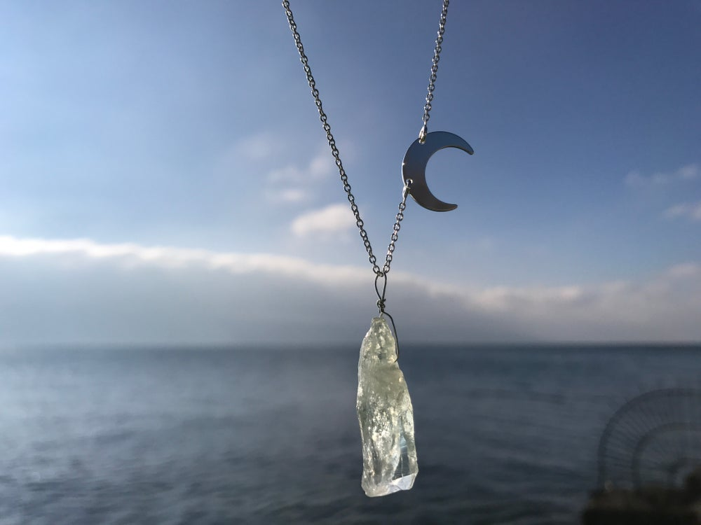 Image of Sterling silver chain with moon and quarz pendant