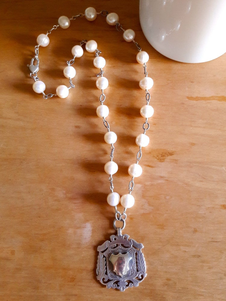 Image of 9mm White Pearls, Sterling Fob 4HI