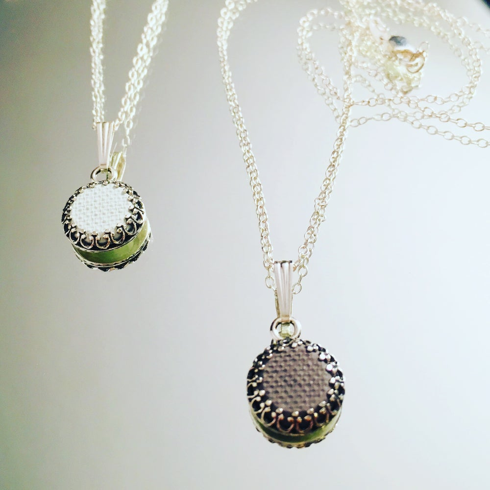 Image of 10mm Aromatic Pendant Necklace