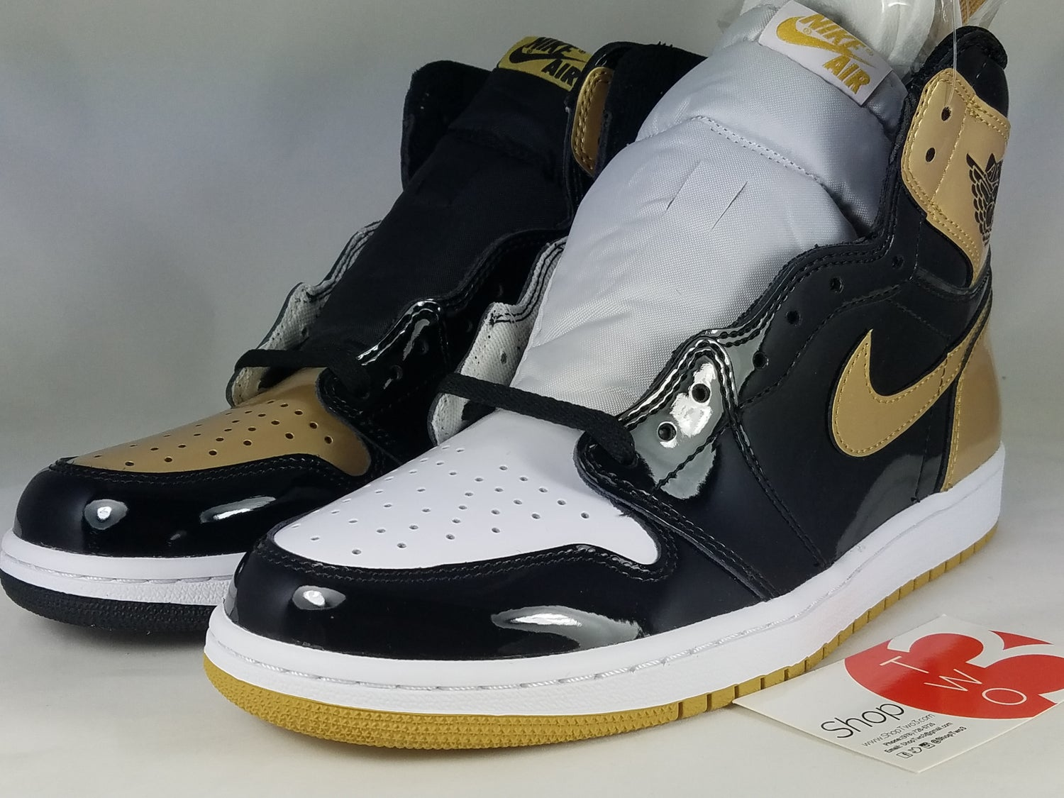Image of Jordan 1 Retro High Gold Top 3