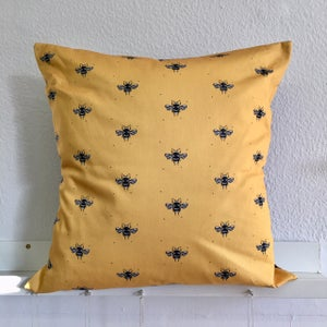 Image of Little Dot Cushion