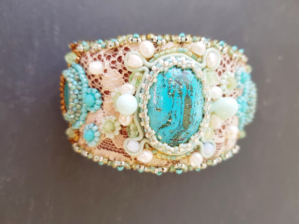 Image of Manchette brodée turquoises TENNESSEE