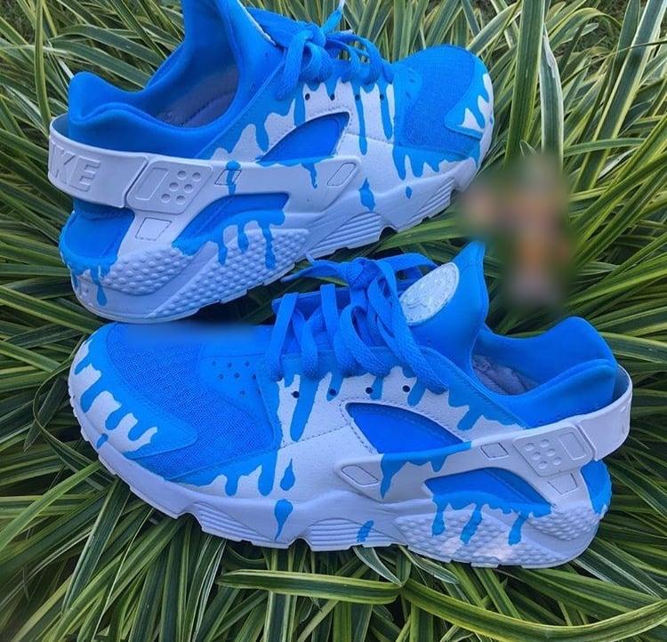 ae04cd2c082357 Blue Drip Huaraches