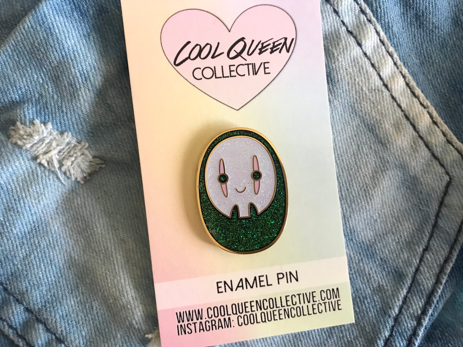 Image of No Face Enamel Pin