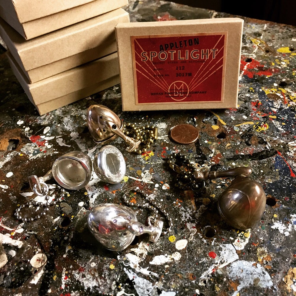 Image of Menke Spotlight Stash Jar Keychain