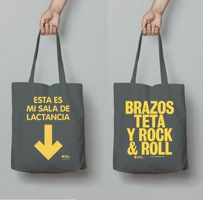 "Image of Bolsa ""Esta es mi sala de lactancia"" / ""brazos, teta y Rock&roll"""