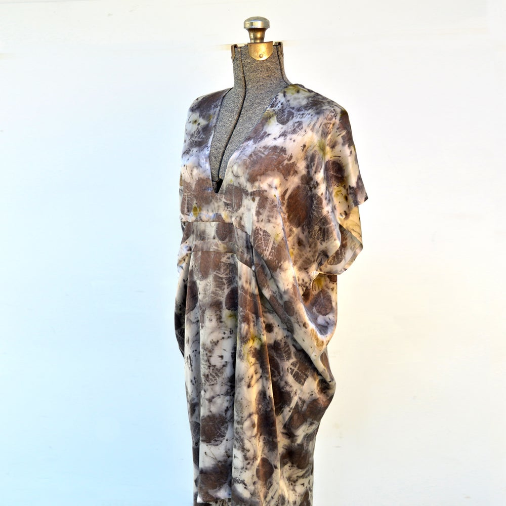 Image of smokebush easy kaftan