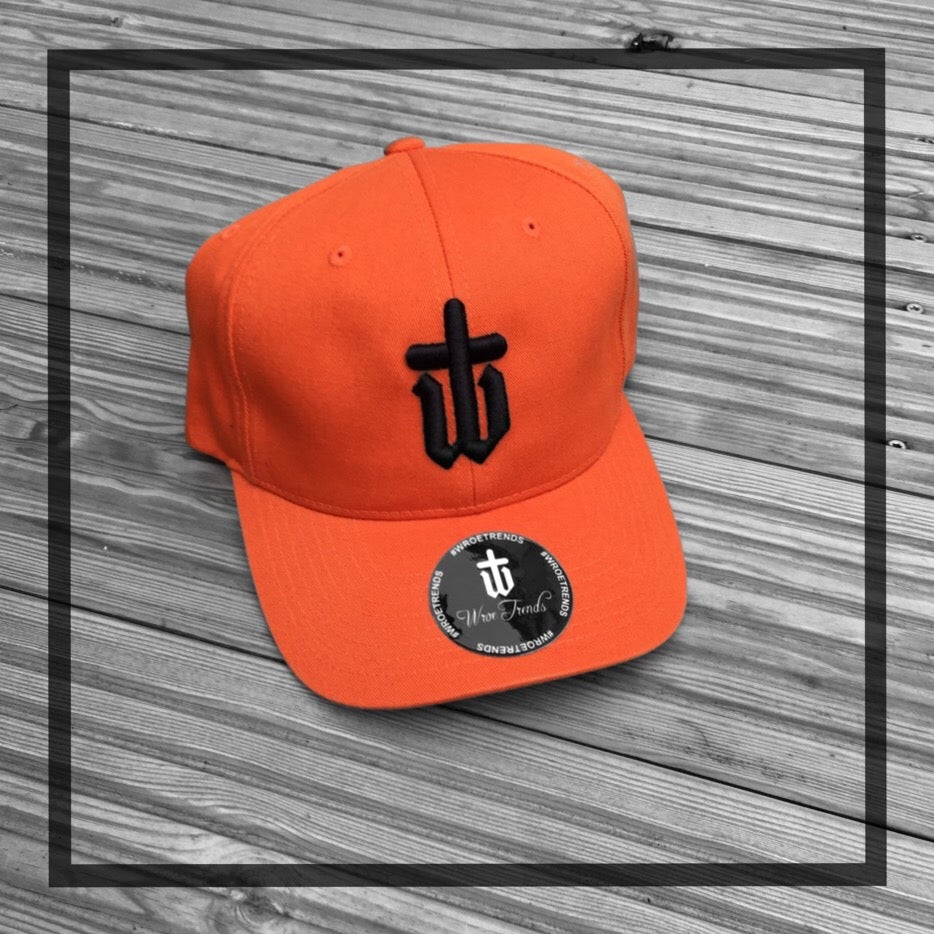 Image of CLASSIC BASEBALL CAP • BURNT ORANGE