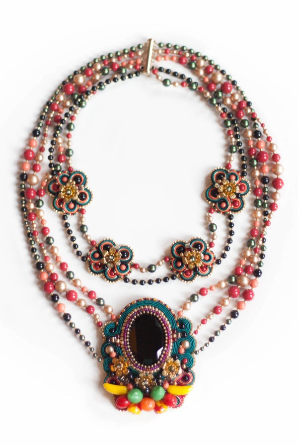 Image of Tribute to Carmen Miranda - Carmensita - Collier brodé d'exception