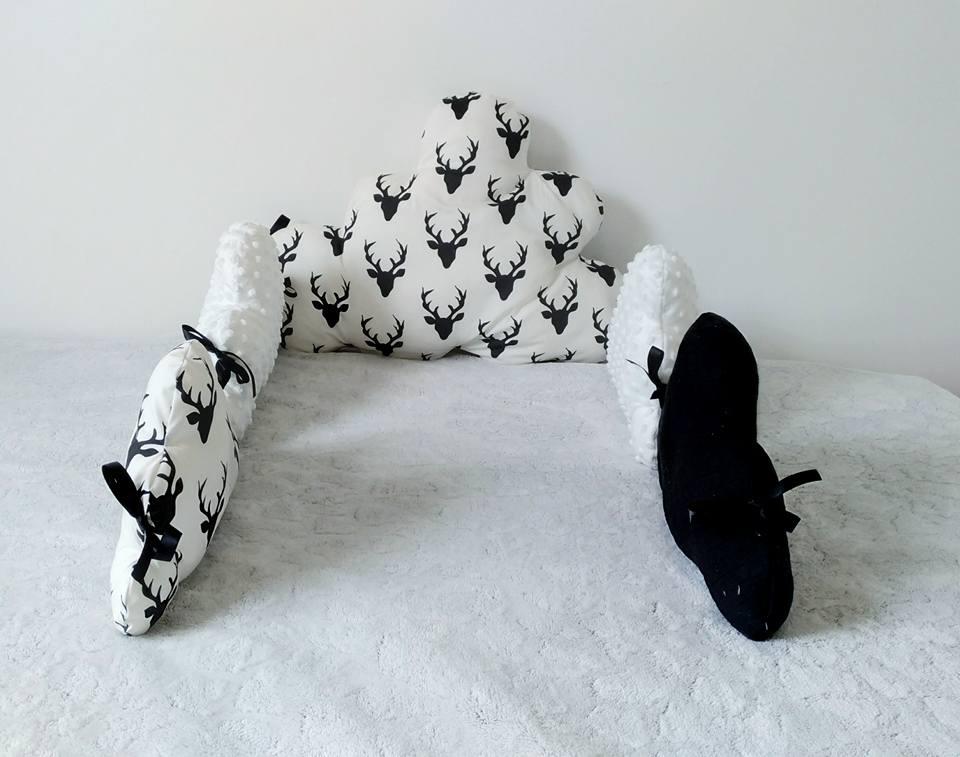 Image of Tour de lit nuage bébé noir et blanc, tête de cerf. Idéal décoration de chambre bébé mixte
