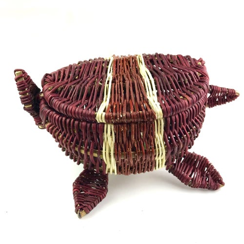 Image of Red Willow Basket (Mikinaak)