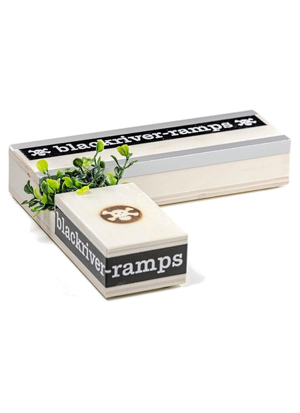 Blackriver Ramps Box 7 Fingerboards Uk Shop