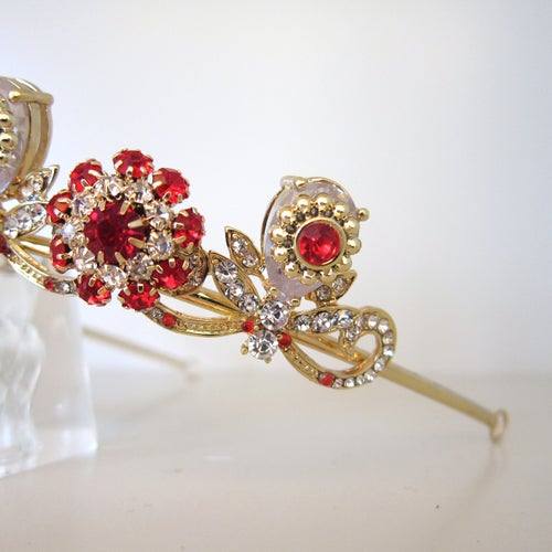 Image of Rouge Duchess tiara