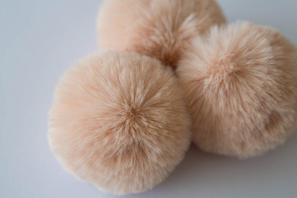 Image of Faux Fur Pompom - Antique