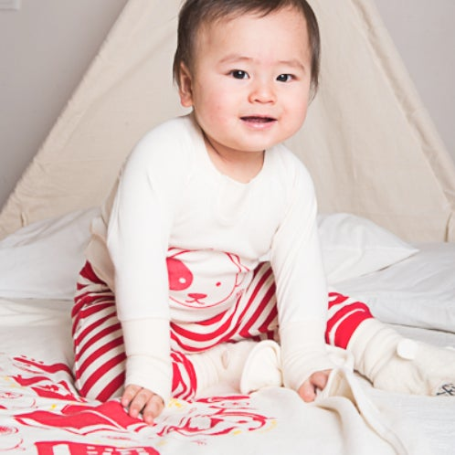 Image of Swaddle Me Blanket . Zhua Zhou