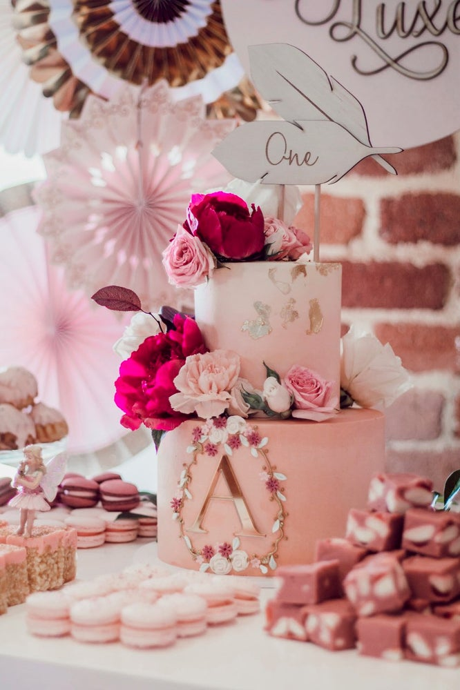 Image of FEATHER CAKE TOPPER
