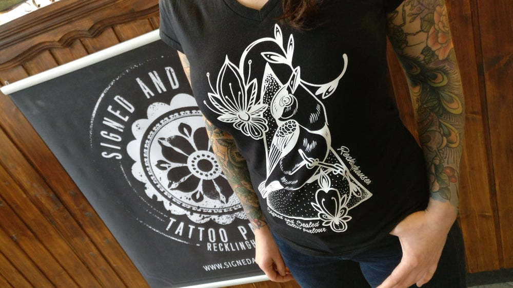 Image of Womans Bird-Shirt