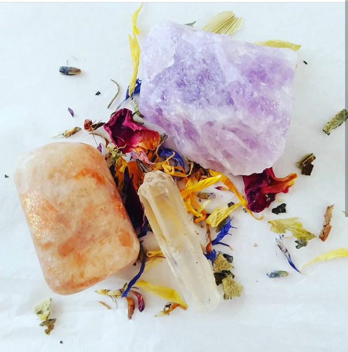 Image of intuitive Crystal selection ~for meditation~